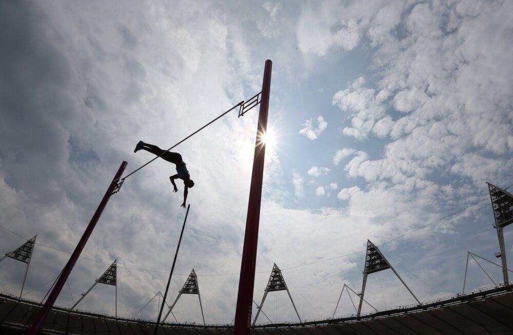 Londoni olümpial 23. kohale jäänud teivashüppaja dopinguproov osutus järeltestimises positiivseks