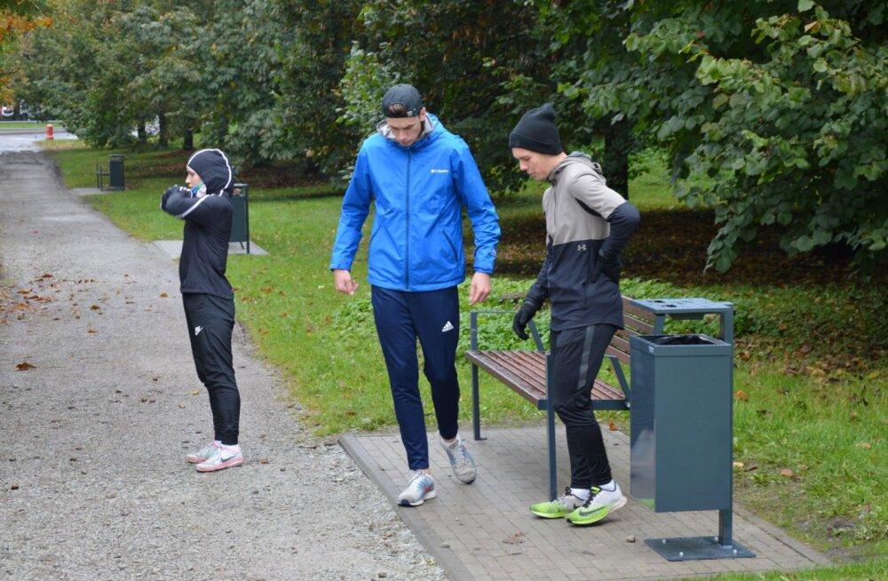 ФОТО | Парки и зеленые зоны Кристийне получат новую парковую мебель