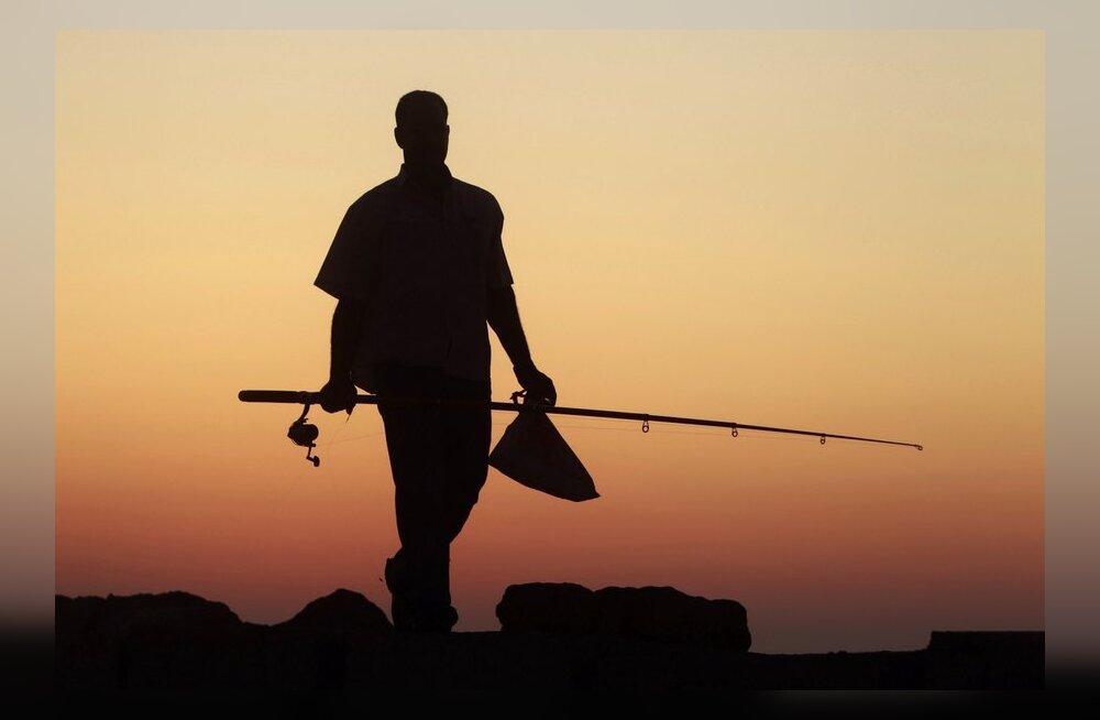 Российские рыбаки оставляют нарвских без лосося