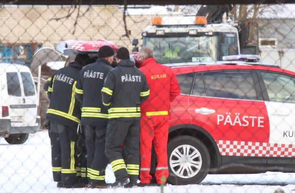 Kuressaares keemiareostus, Pärnu reostustõrjeüksus