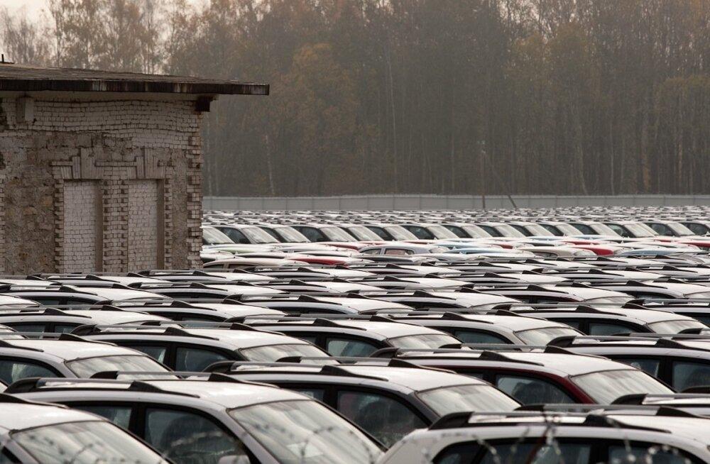 Uued autod ootamas
