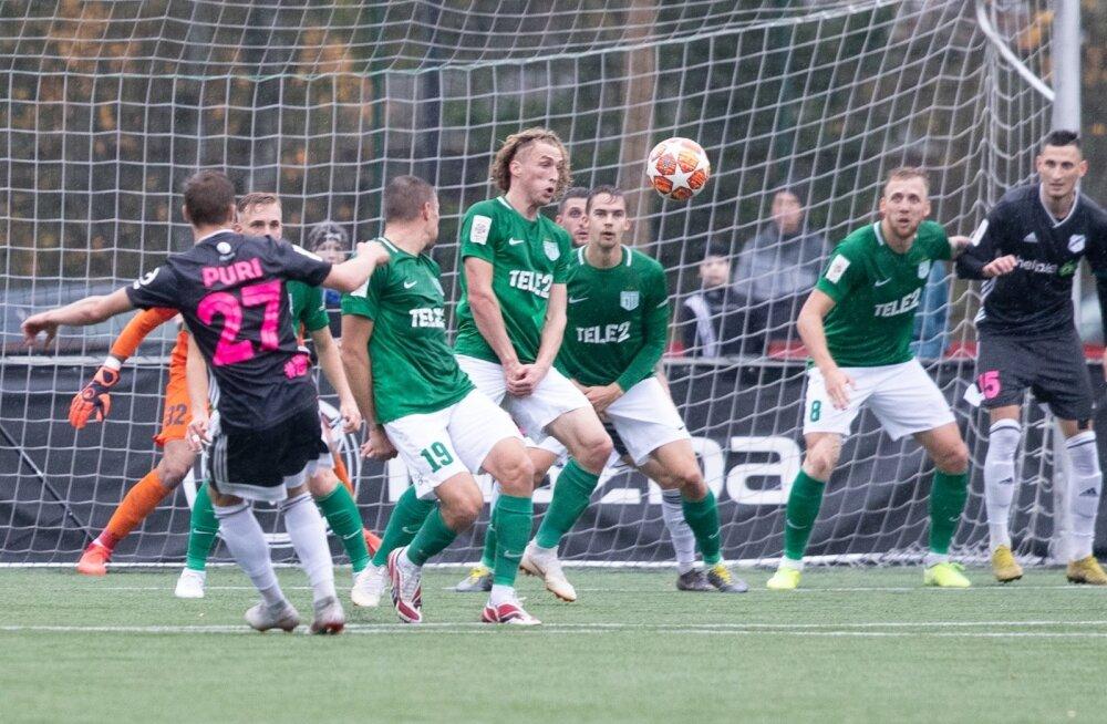 Sander Puri (nr. 27) saatis kaks palli Flora väravavõrku ja lükkas nende tiitlipeo vähemalt nädala võrra edasi.