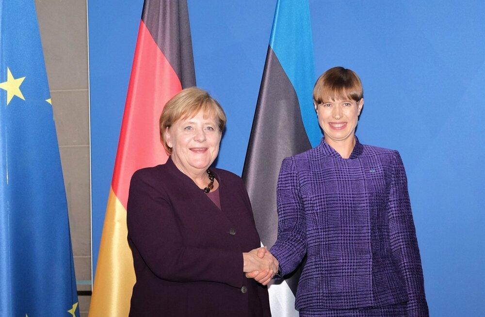 ФОТО | Президент Кальюлайд встретилась с Ангелой Меркель и поделилась опытом Эстонии в цифровой сфере