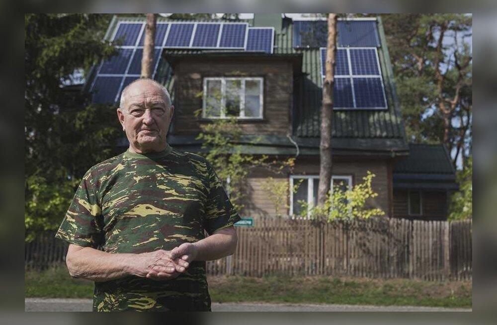 Пенсионер жалуется на бюрократию: почему ему не дают поставить солнечные батареи