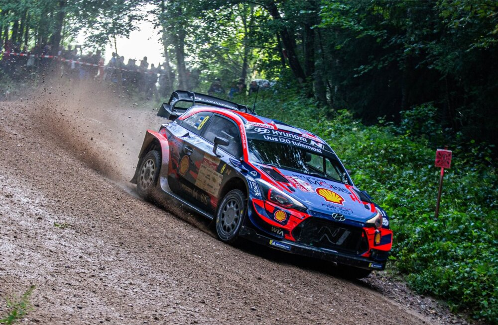 Ott Tänak ja Martin Järveoja näitasid Lõuna-Eesti rallil, et hakkavad Hyundaiga kiirust leidma.