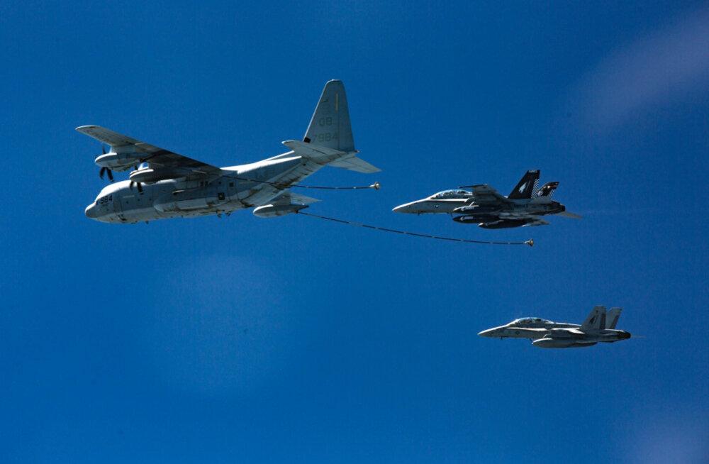 Jaapani ranniku lähistel põrkas öösel kokku kaks USA merejalaväe lennukit, inimesi otsitakse
