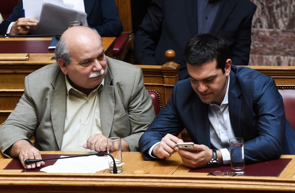 Kreeka esitas reformiettepanekud: lubatakse maksude tõstmist, kärpeid ja erastamist