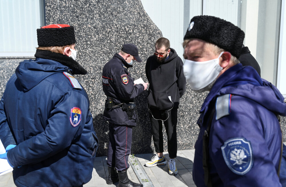 Venemaal peeti kinni arstide liidu juht, kes seadis kahtluse alla valitsuse jutu koroonaviiruse vähesest levikust