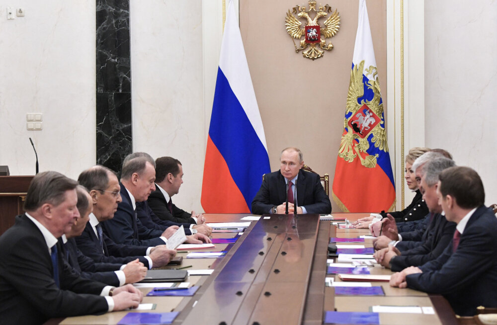 Medvedevi uus töökoht julgeolekunõukogu on abiorgan Putinile ukaaside ja korralduste andmiseks