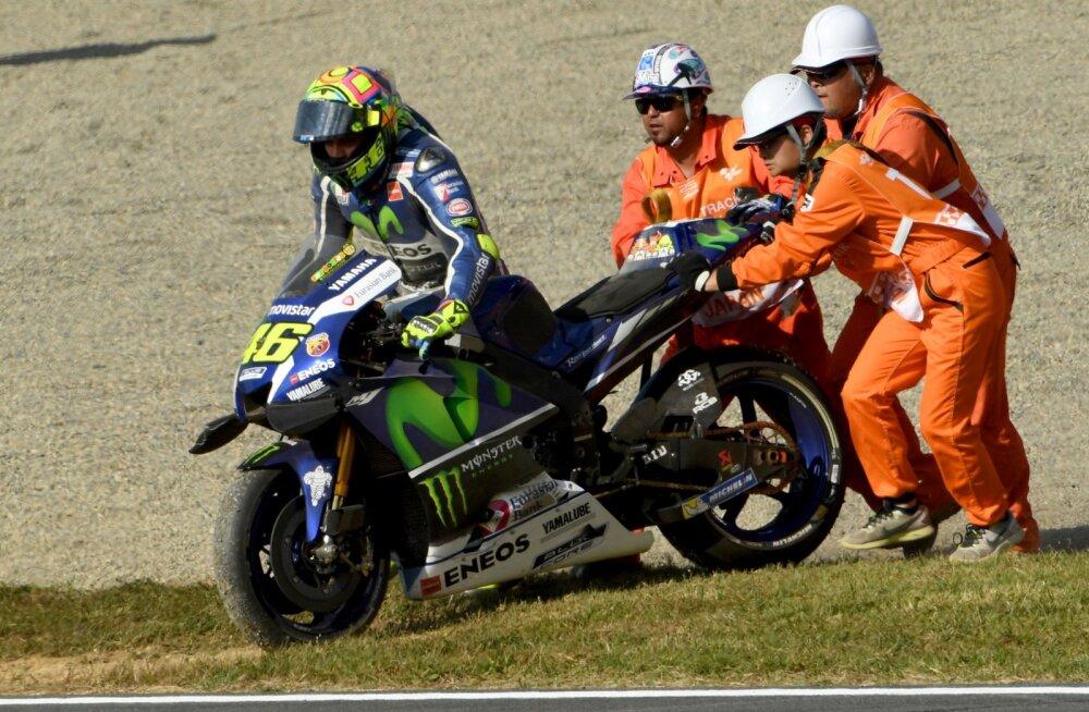Rajatöötaja näppas MotoGP ässalt masinajupi, kuid jäi kiirelt vahele