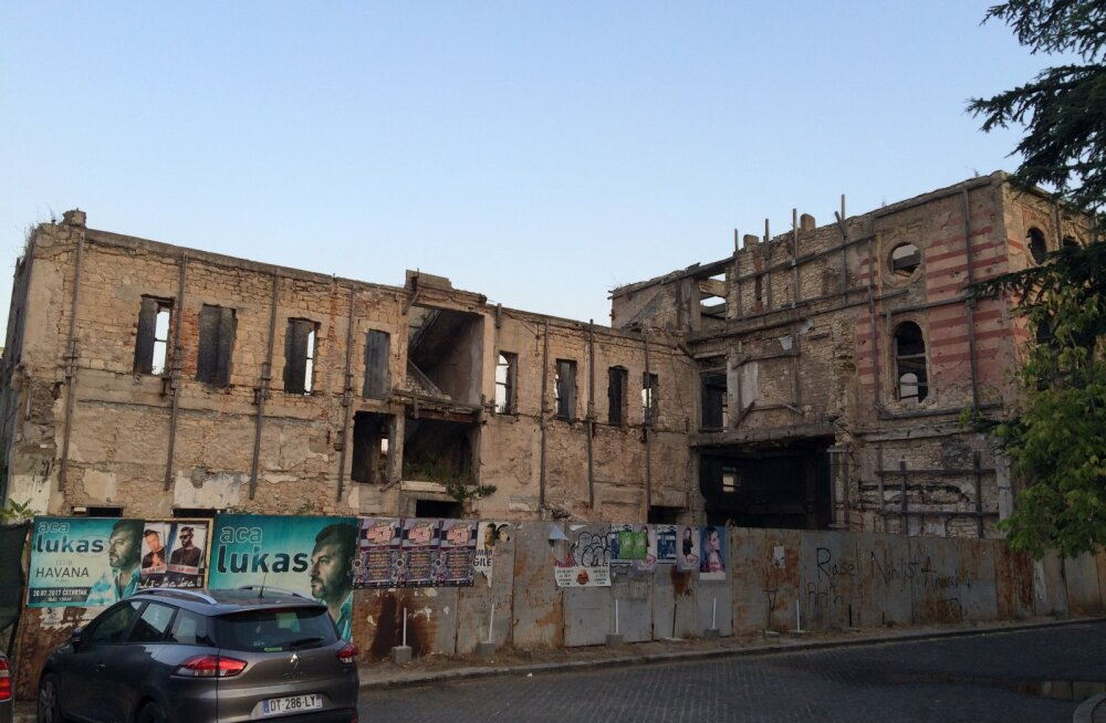 EHTSA BALKANI OTSINGUIL | Kuuliaugud tuletavad teravalt meelde, et ainult veidi üle 20 aasta tagasi oli linn haaratud verisesse sõtta