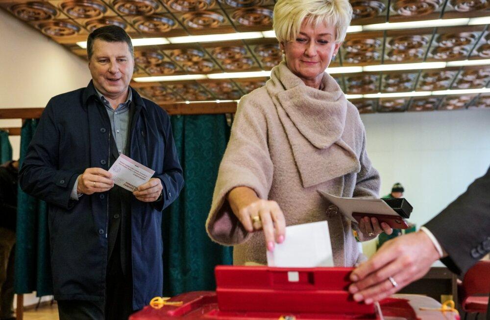 Paaria staatuses parteid jäävad parlamendienamusest eemale. Veiko Spolītis: Läti KAPO võiks valimisi lähemalt uurida