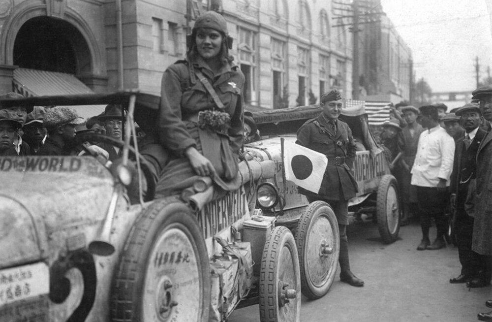 Noorte unistusi sajandi eest: neiu sõitis Ford T-ga ümber maailma
