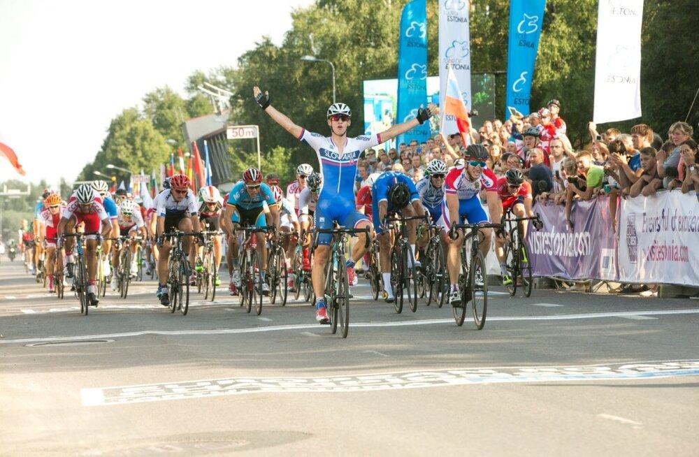 European Road Championships grupisõit U23 mehed finiš ja autasustamine