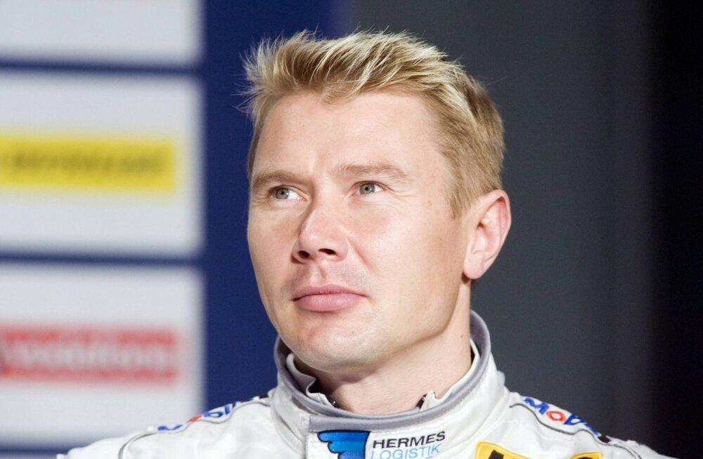 Vormelilegend Mika Häkkinen naaseb võistlustulle