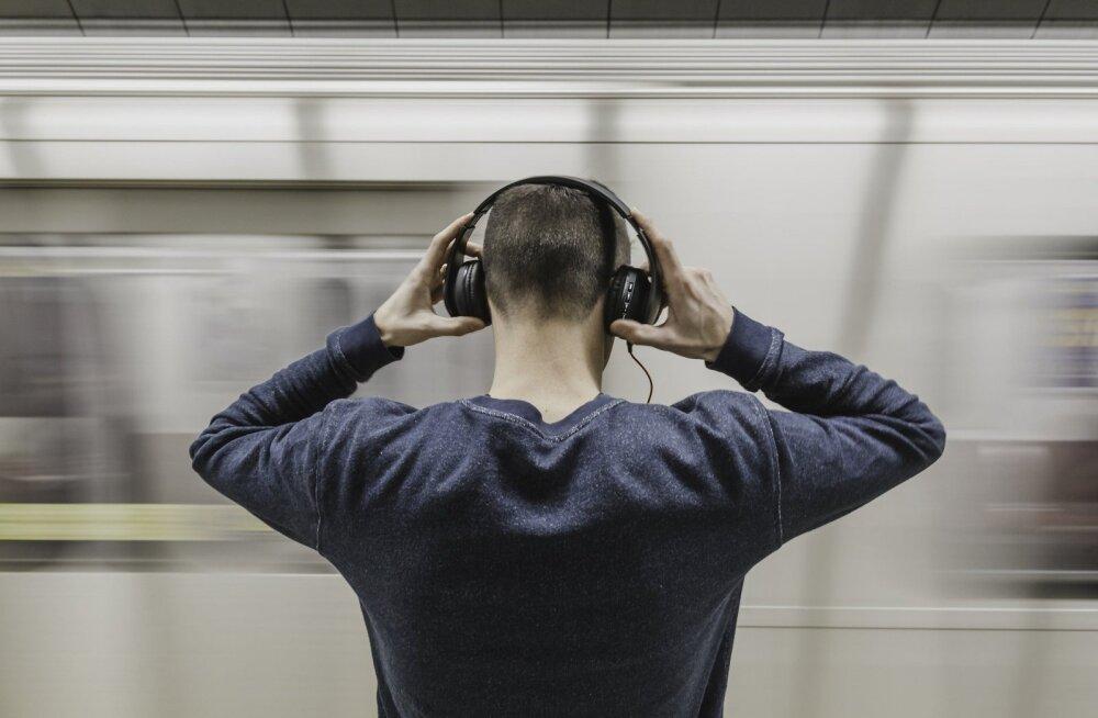 """Veel üks viide, et Apple'ilt on peagi tulekul """"suured"""" kõrvaklapid"""