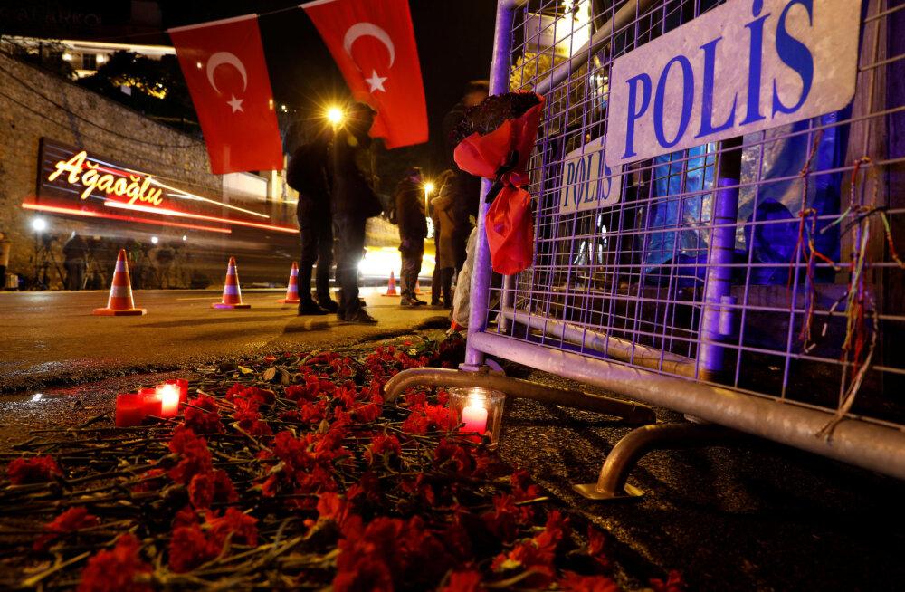 Среди жертв нападения на клуб в Стамбуле есть россиянка, стрелок пока на свободе