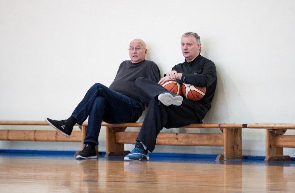 Gert Kullamäe (vasakul) ja Kalle Klandorf eile hommikul TLÜ/Kalev meeskonna treeningul