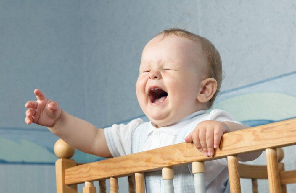 Lasta lapsel piina ja hirmu käes kannatada, kuni ta alistudes magama jääb, on südametu ja minu jaoks mõeldamatu
