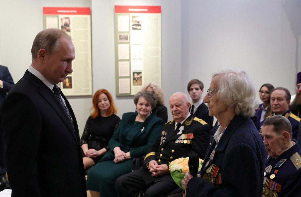 """Путин заявил о способе """"заткнуть поганый рот"""" тем, кто искажает историю Второй мировой"""