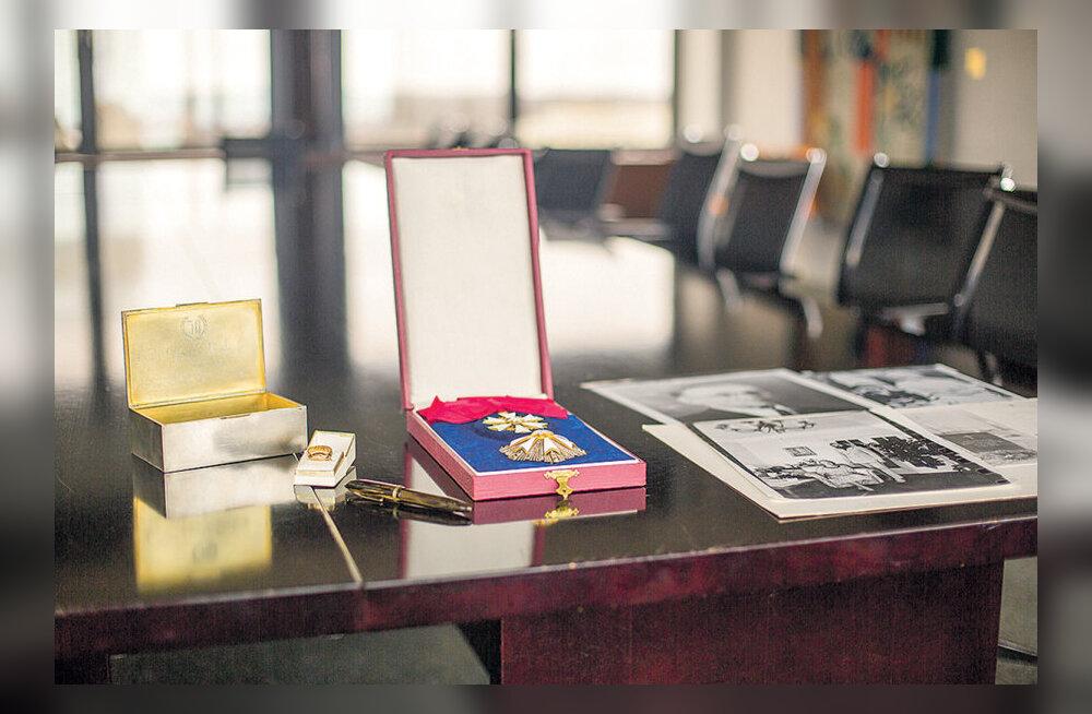 Ülikool saab välisministrilt Jüri Uluotsa esemed