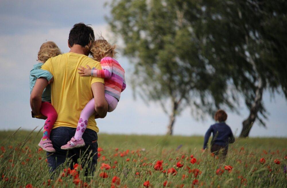 Sinu naine on lastega kodus? 20 asja, mida sa saad mehena ära teha, et tema elu lihtsamaks muuta