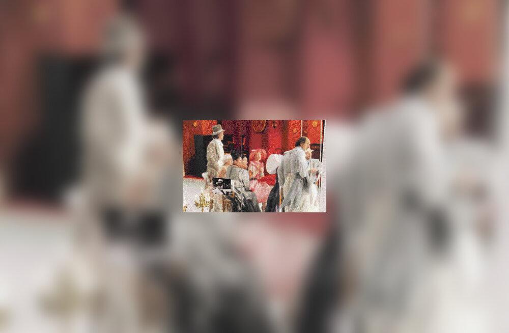 Luigi Pirandello skepsis tuiskab Taevalaval ringi