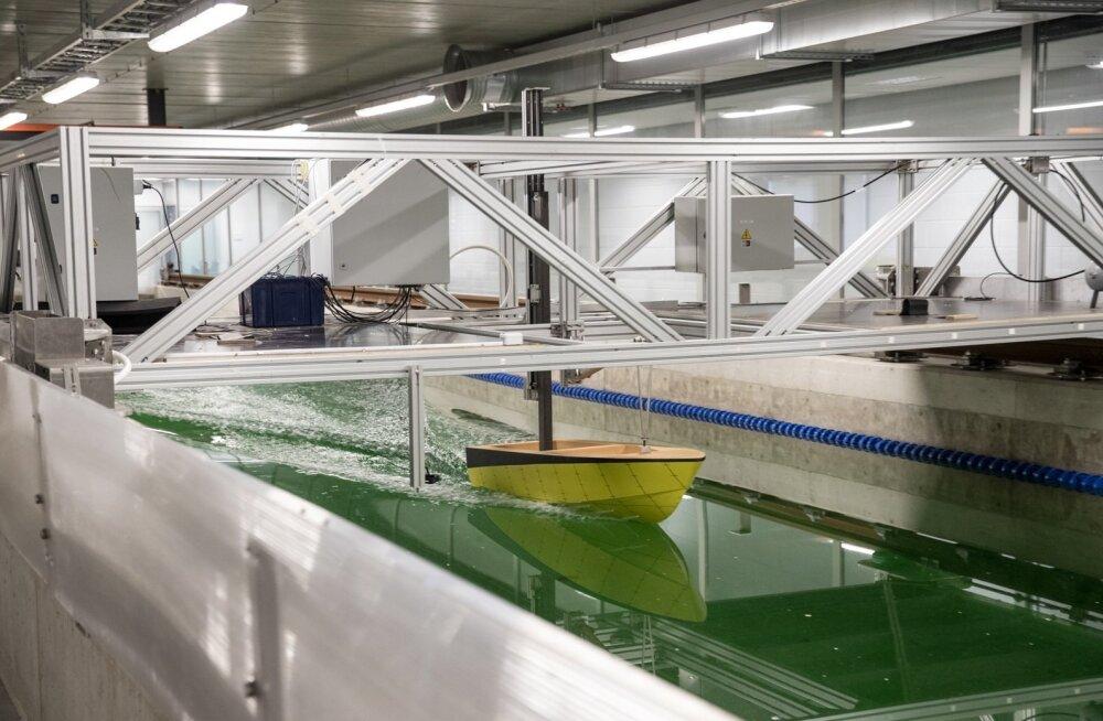 Väikelaevaehituse kompetentsikeskuse katsebasseinis saavad nii laevaehitajad kui ka muud meretööstusega seotud ettevõtted oma tooteid katsetada. Basseinis on ka lainegeneraator, mis suudab tekitada kuni 3 meetri kõrguseid laineid.