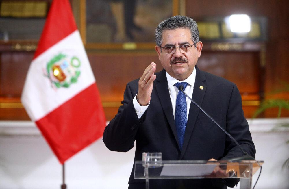 Peruus õnnestus ajutisel presidendil ametis olla alla nädala