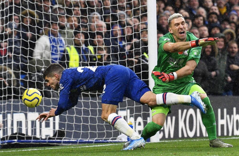 Kuuenda järjestikuse võidu võtnud Chelsea tõusis Inglismaal teiseks