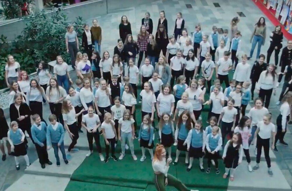 KUI ÄGE: Lumevärv ft. Inga tegid võimsa video eriversiooni lastekooriga!