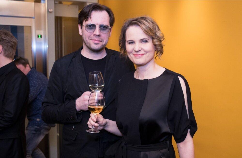 Draamateater oli suuresti pildis. Kõrvalosa nominentide hulgas olid Mait Malmsten ja Harriet Toompere. Laureaadiks nimetati Toompere.