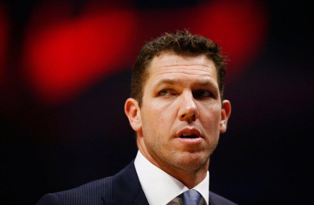 Los Angeles Lakersist vallandatud peatreener leidis uue töökoha