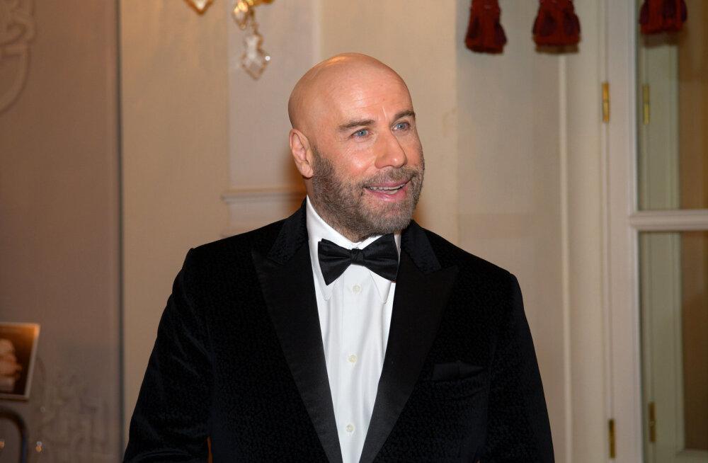 Endine saientoloog: John Travolta üritas kirikus oma poega ellu äratada