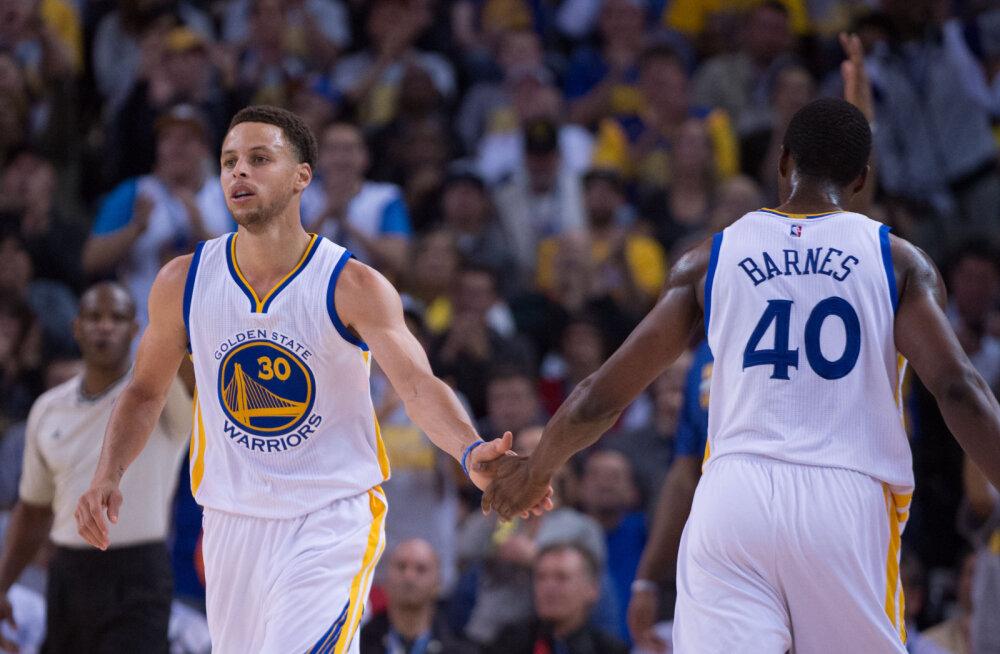 VIDEO: Kolmesteäss Stephen Curry püstitas NBA rekordi