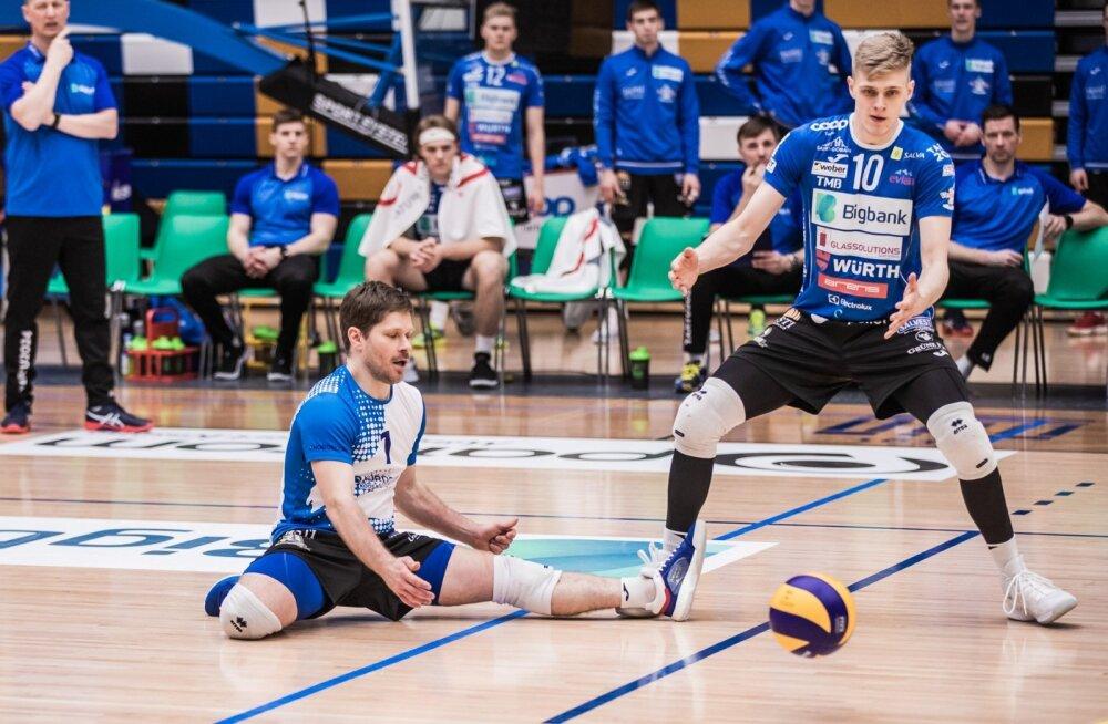 Eesti koondise raudvara Rait Rikberg (vasakul) saab juba laupäeval teha vigade paranduse.