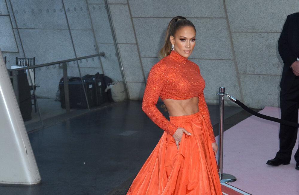 KLÕPS | Särav igas eas: Jennifer Lopez sai 50 aasta vanuseks, kuid näeb endiselt välja noor ja kaunis!