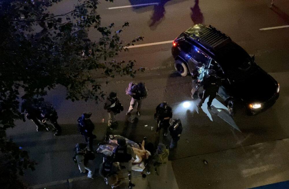 Trumpi toetajate ja vastaste kokkupõrke ajal Portlandis avati tuli: üks inimene sai surma