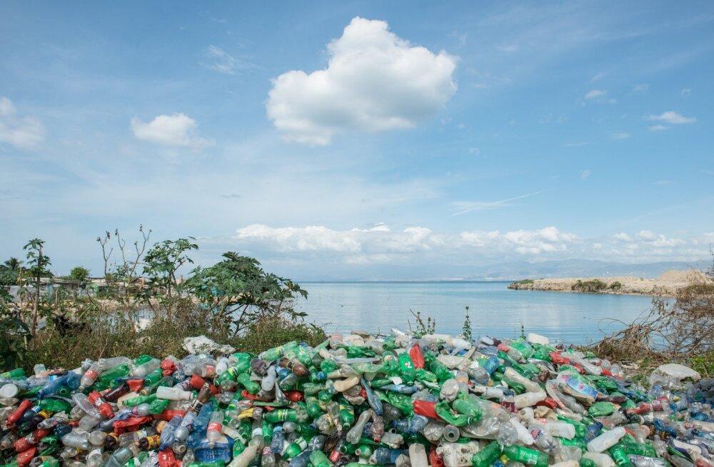 Arvutifirma hakkab taaskasutama ookeanist korjatud plastikut