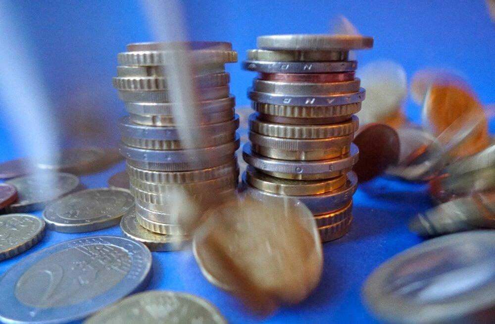 GRAAFIK | Eesti Pank: piiriüleste maksete järgi ei ole võimalik hinnata rahapesu probleemi suurust. Kindlasti on eksitav pidada kahtlaseks terve riigi välisarveldusi