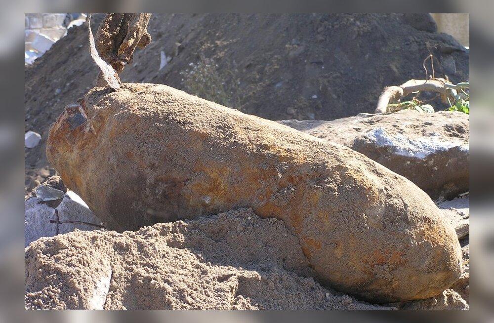 Põltsamaal leiti jõe süvendamise käigus 50-kilone lennukipomm