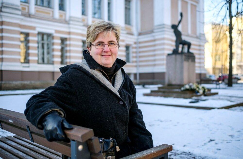 Annika Laats on Tallinna reaalkooli vilistlane ja seal on õppinud ka kaks tema last.