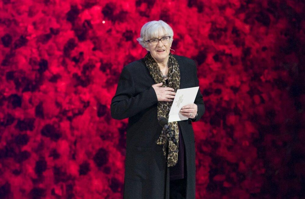Läinud aasta teatriauhindade jagamisel Estonias astus auhinna üleandjana lavale ka legendaarne baleriin Ülle Ulla, et anda Rahel Olbrei nimeline preemia üle teisele balletilegendile Ülo Vilimaale.