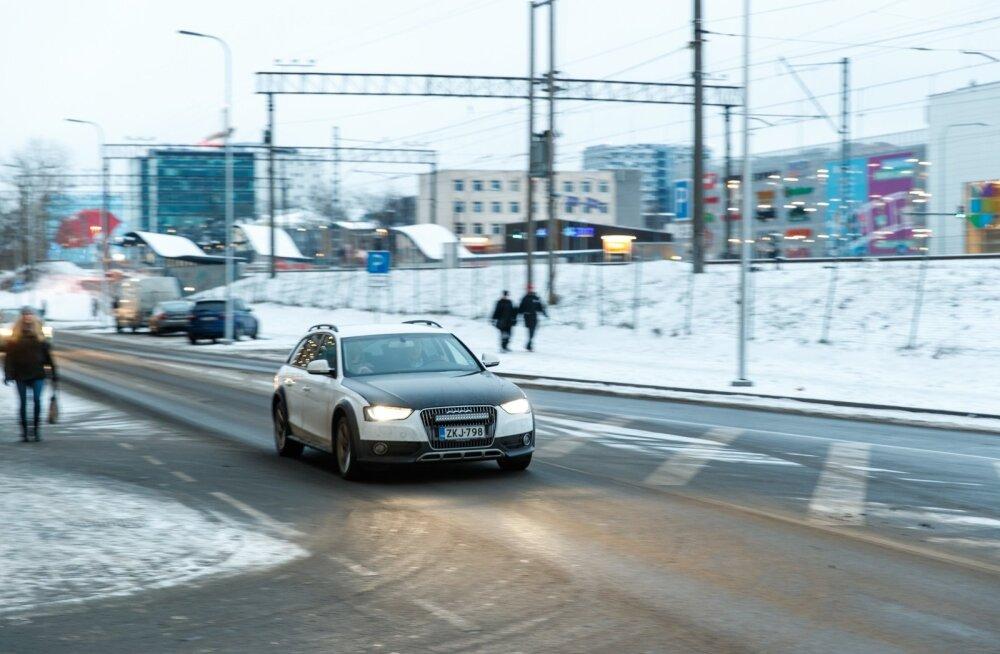 Parkimine ja liiklus T1 läheduses