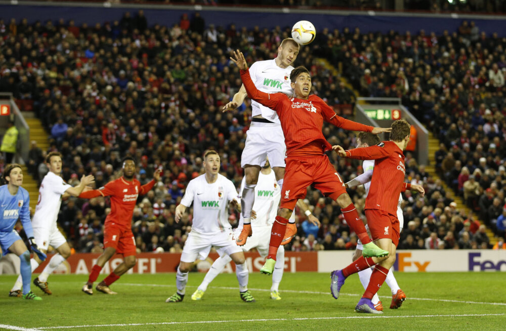 KAHJU: Õnnetu käega mäng sai Augsburgile Liverpooli vastu saatuslikuks
