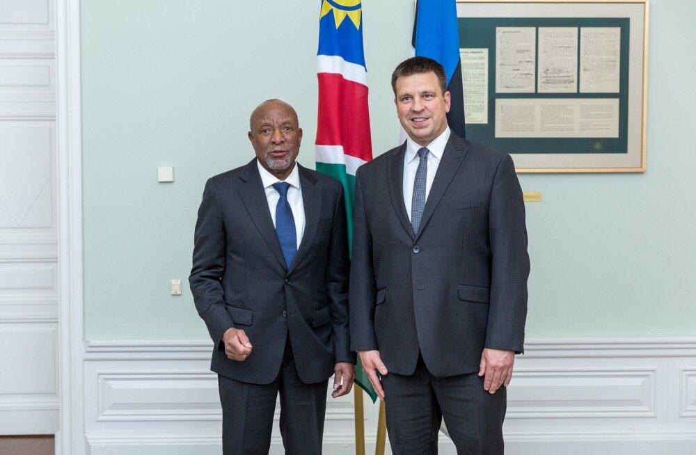 Peaminister Jüri Ratas arutas Namiibia asepresidendi Nangolo Mbumbaga digi- ja hariduskoostöö tihendamist