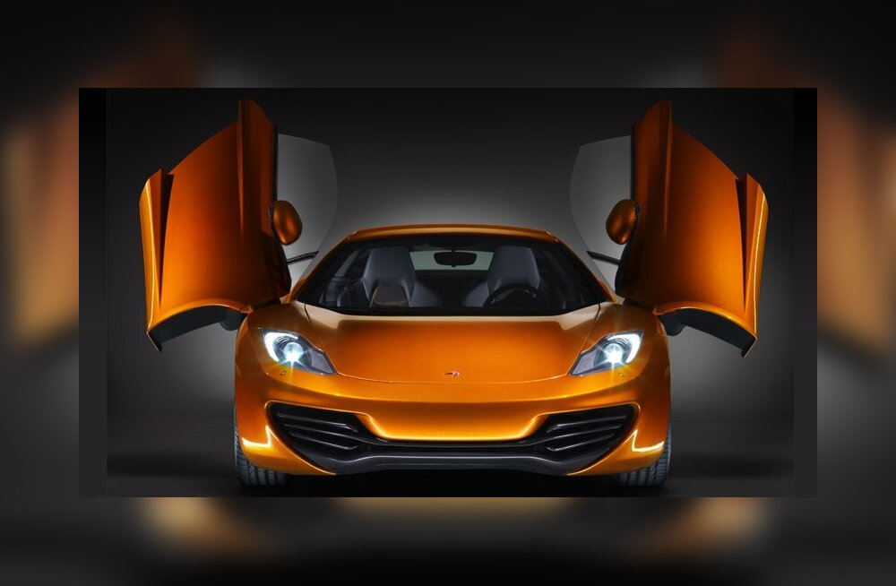 FOTOD: McLaren näitas oma superautot MP4-12C Spiderit