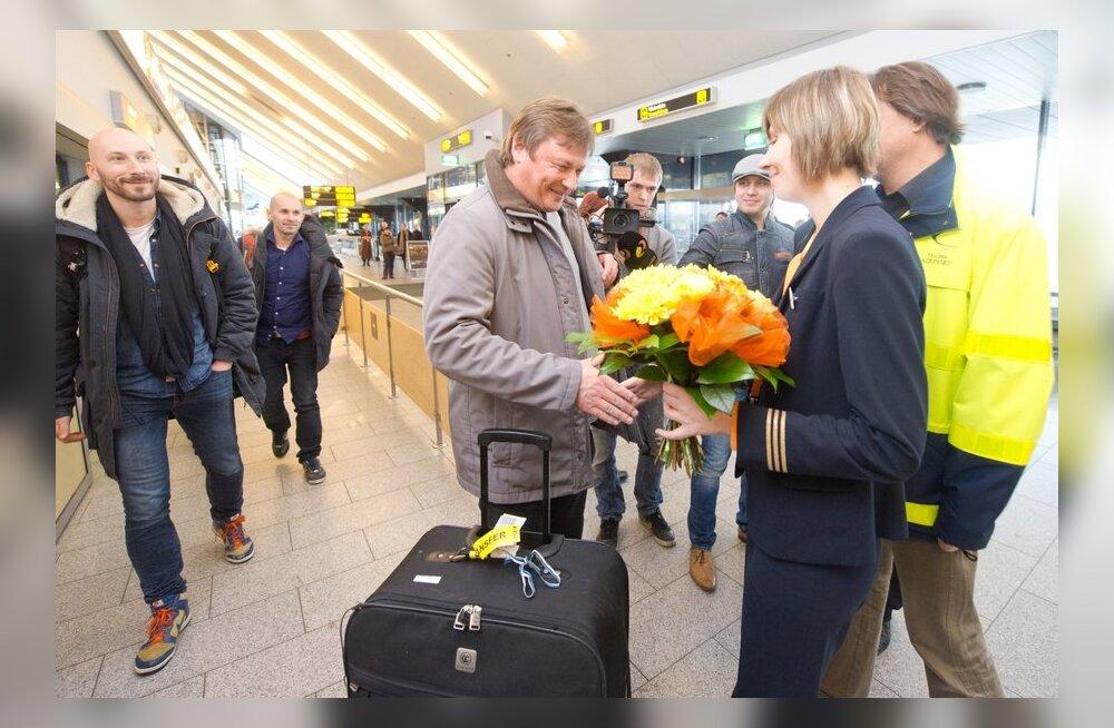 FOTOD: Vaata, kuidas saabus Tallinna lennujaama kahe miljones reisija