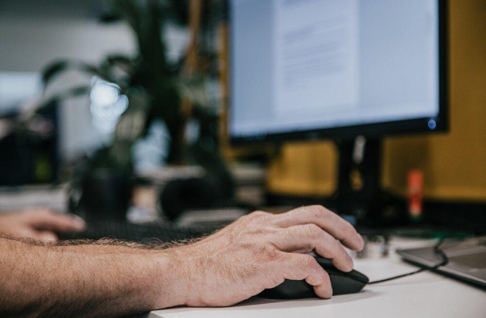 Riigikontrolli audit põrmustas E-riigi eduloo - neli avaliku sektori tarkvaraarendust kukkusid läbi.