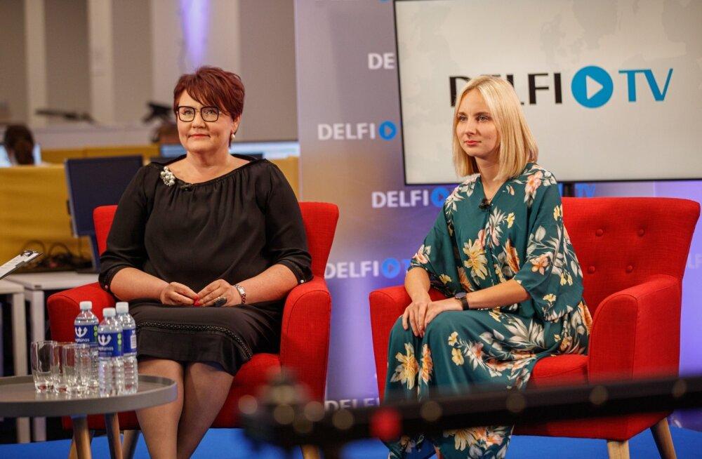 Vasakul Kadri Kopli, uus Jaak Madisoni assistent, paremal Stinne Loo, endine Kaja Kallase assistent Brüsselis